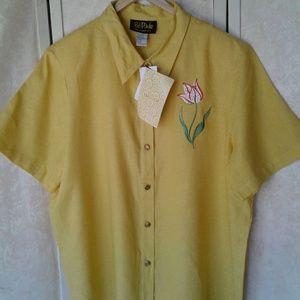 Bob Mackie Top NWT Yellow Button Down w/Tulip